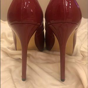 """Steve Madden Shoes - BURGUNDY PATENT PLATFORM PUMPS  SIZE 9,  4"""" heels"""